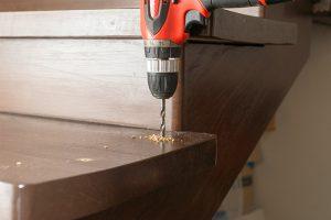 Um eine komfortable Treppe zu bauen, ist insbesondere auf die richtige Steigung zu achten