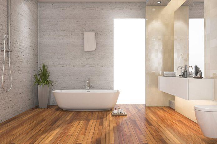 Nie wieder kalte Füße: Eine Holzdiele im Badezimmer.