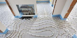 Die Fußbodenheizung bietet zahlreiche Vorteile.