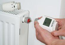 Ein Umrüsten auf elektronische Thermostate bietet viele Vorteile.