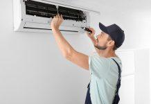 Bei der Montage einer Split-Klimaanlage sollten Sie auf das Wissen und die Erfahrung eines Fachmannes setzen.