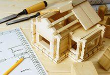 Der Blockbohlenbau zählt zu den ältesten Arten, ein Holzhaus zu errichten.