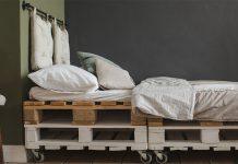Europaletten beinhalten keinen Kunststoff und bestehen zu hundert Prozent aus Holz.
