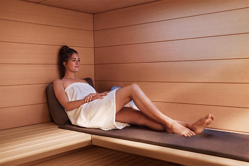 Stärkt Immunsystem und aktiviert Abwehrkräfte: Der regelmäßige Saunagang.