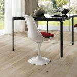 Unterstützt die Wohngesundheit in den eigenen vier Wänden: Ein natürlicher Fußboden.