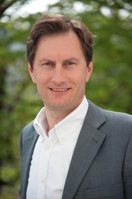 Im Gespräch mit bauenundsanieren.net: Der Geschäftsführer der Vereinigung der Österreichischen Zementindustrie (VÖZ) Sebastian Spaun.