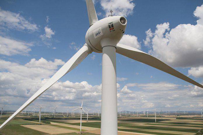 Neben großen Windrädern gibt es auch die Möglichkeit Strom durch die sogenannte